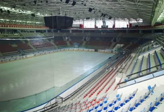 Арена Югра - вид внутри арены