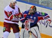 Бои КХЛ: Хлыстов vs Бреннан [видео]
